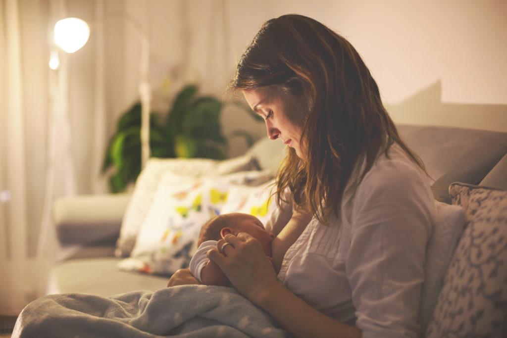 Breastfeeding Mother, postnatal depression